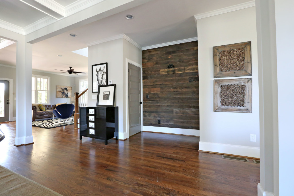 Reclaimed-Wood-Interior-Home